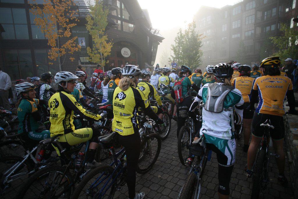 women's mountain bike race